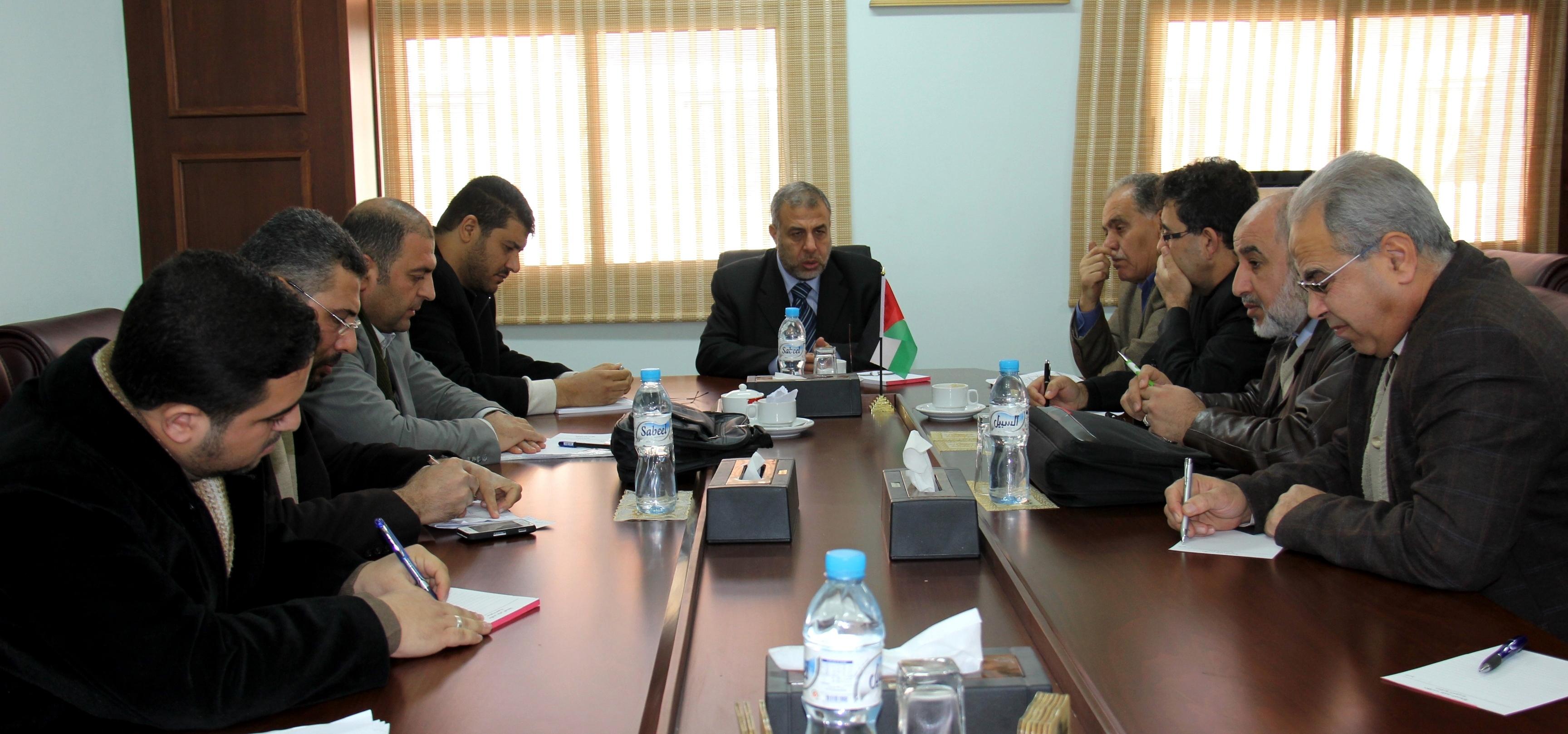 وزير الصحة يبحث تطوير الخدمات الصحية في مستشفيات محافظات شمال غزة