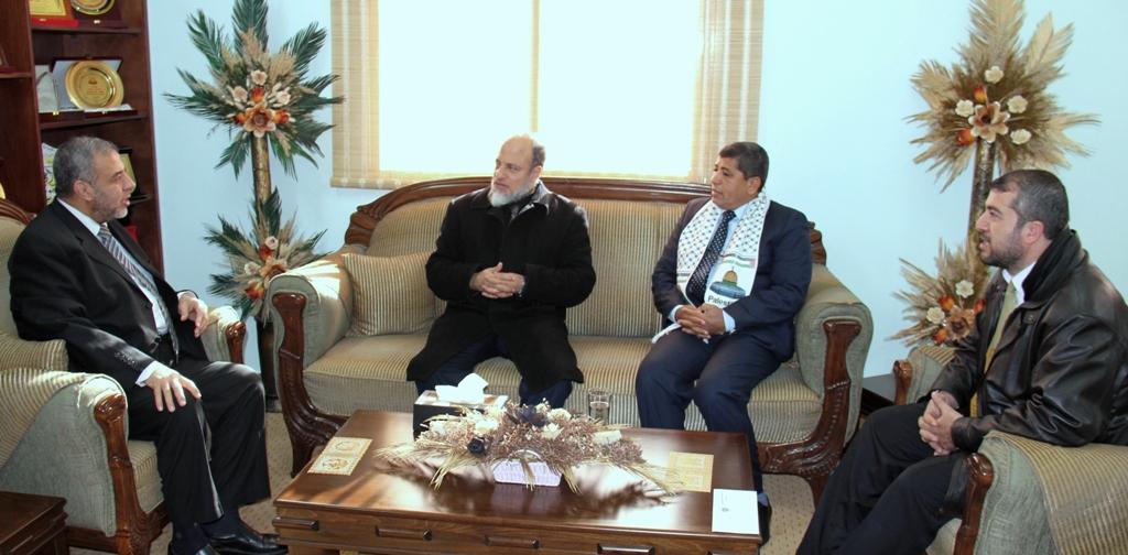 الصحة : الوزير المخللاتي يستقبل وفد مصري