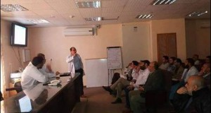 مستشفى شهداء الأقصى تنظم محاضرة علمية حول الإحتشاء القلبي الحاد