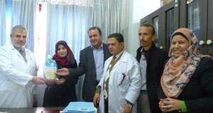 إدارة مجمع الشفاء الطبي تكرم الزميلة وفاء بنات لحصولها على درجة الماجستير