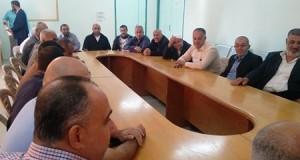 مستشفى بيت حانون يستقبل رئيس بلدية بيت حانون و حشد من الوجهاء و المخاتير