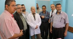 مدير عام الرعاية الصحية الأولية بوزارة الصحة يتفقد مركز شهداء الزيتون و الصوراني بمحافظة غزة .