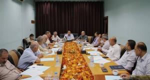 خلال اجتماعه بالإدارة العامة للمستشفيات.. د. نعيم يبحث واقع المستشفيات ويوصي بتقييم الأداء وبعض المواضيع الهامة .