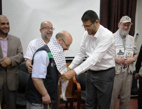 د. أبو الريش يستقبل وفد قافلة أميال من الابتسامات 34 ويثني على جهودهم الاغاثية لقطاع غزة