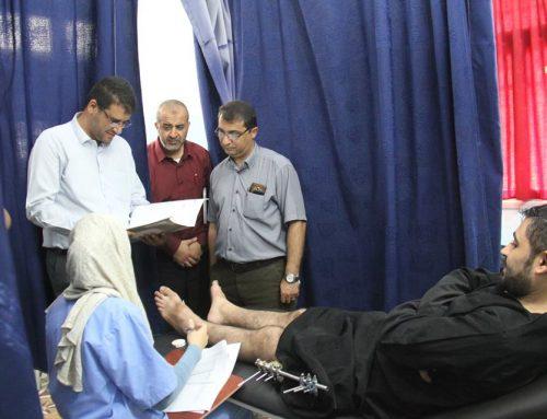 د. أبو الريش يتابع الاجراءات الطبية المقدمة للجرحى في عيادات أطباء بلاحدود