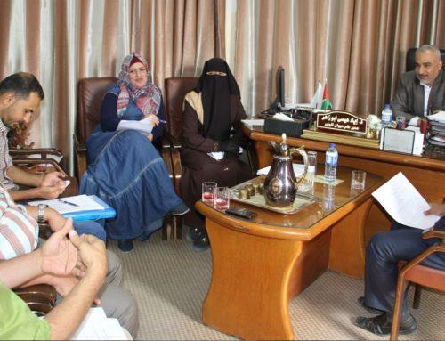 د. أبو زاهر يلتقي اللجنة المكلفة بإعداد دليل اجراءات توثيق جرائم الاحتلال