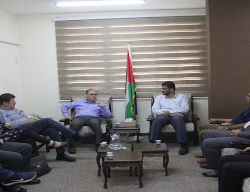 د. أبو الريش يستقبل وفداً من منظمة أطباء لحقوق الإنسان