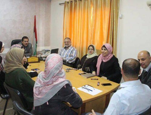 مدير مستشفى النصر يبحث سير العمل مع رؤساء اللجان