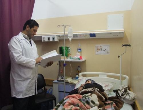 نجاح استئصال ورم لخمسينية بالميكروسكوب الجراحي بمجمع الشفاء الطبي