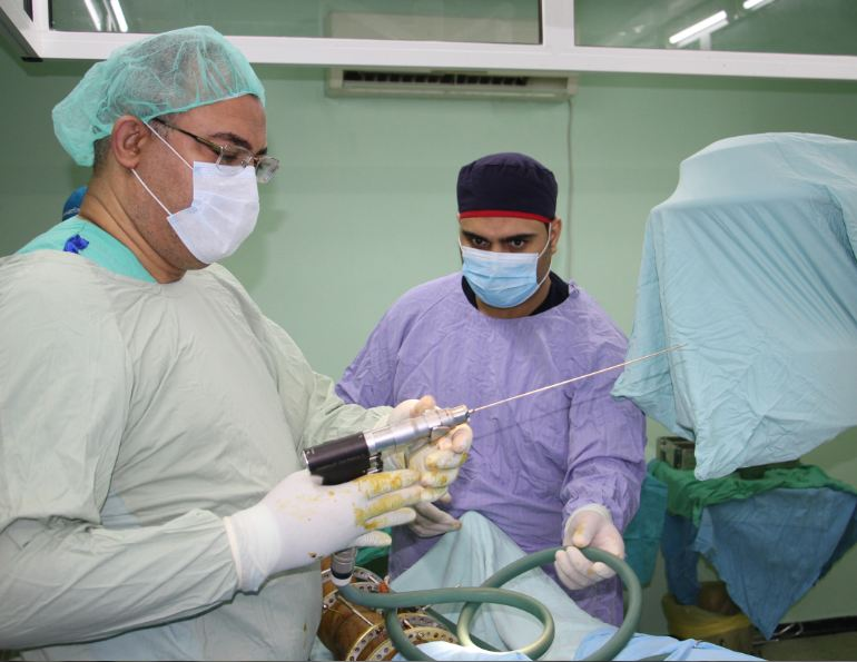 An Egyptian medical delegation concluded its visit to the Gaza Strip after conducting several complicated surgeries