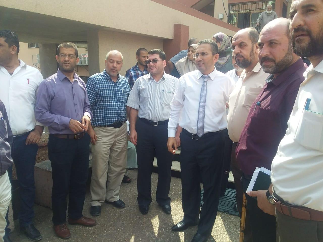 زيارة مدير عام الشؤون الإدارية ومدراء الدوائر إلي مجمع ناصر الطبي