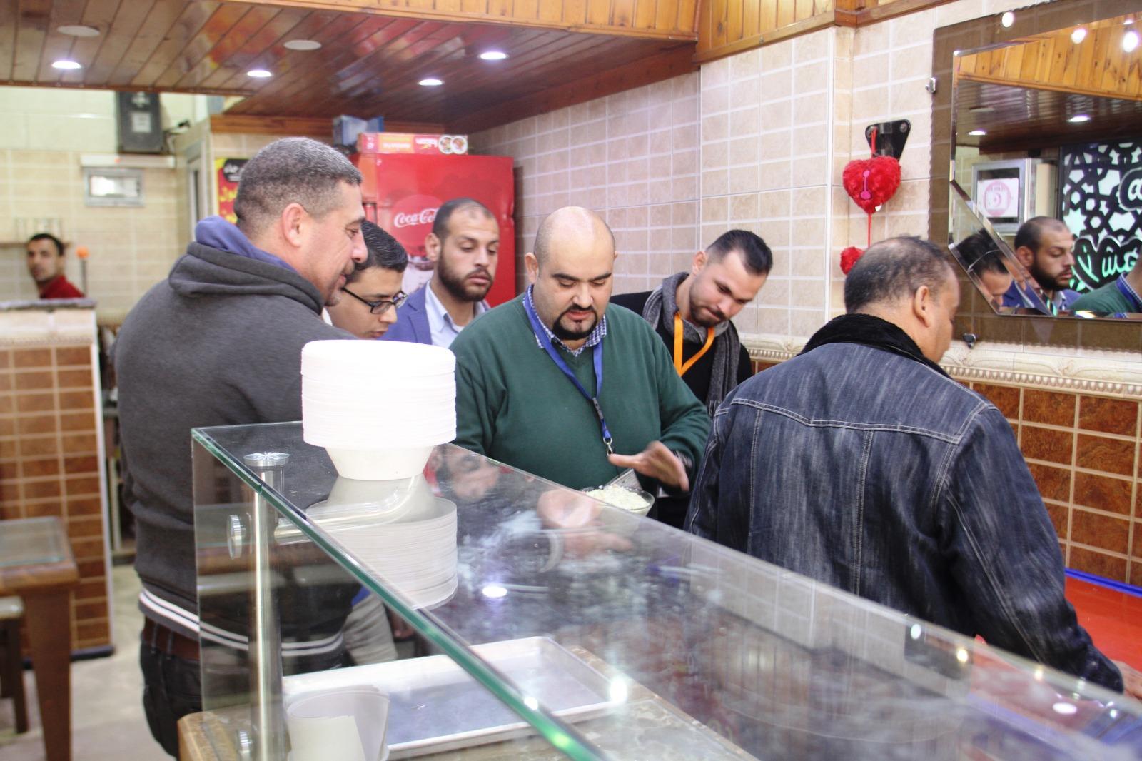مراقبة الاغذية تنفذ حملة كبرى لضبط الأسواق في محافظة رفح
