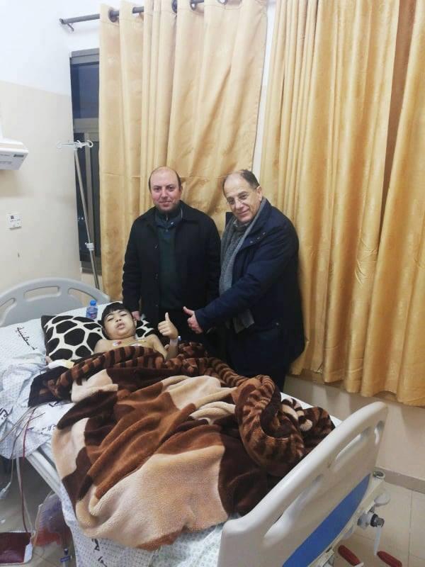 لأول مرة في قطاع غزة فريق طبي بمجمع الشفاء يتمكن من اجراء فصل بلازما لطفل يبلغ من العمر 14 عام