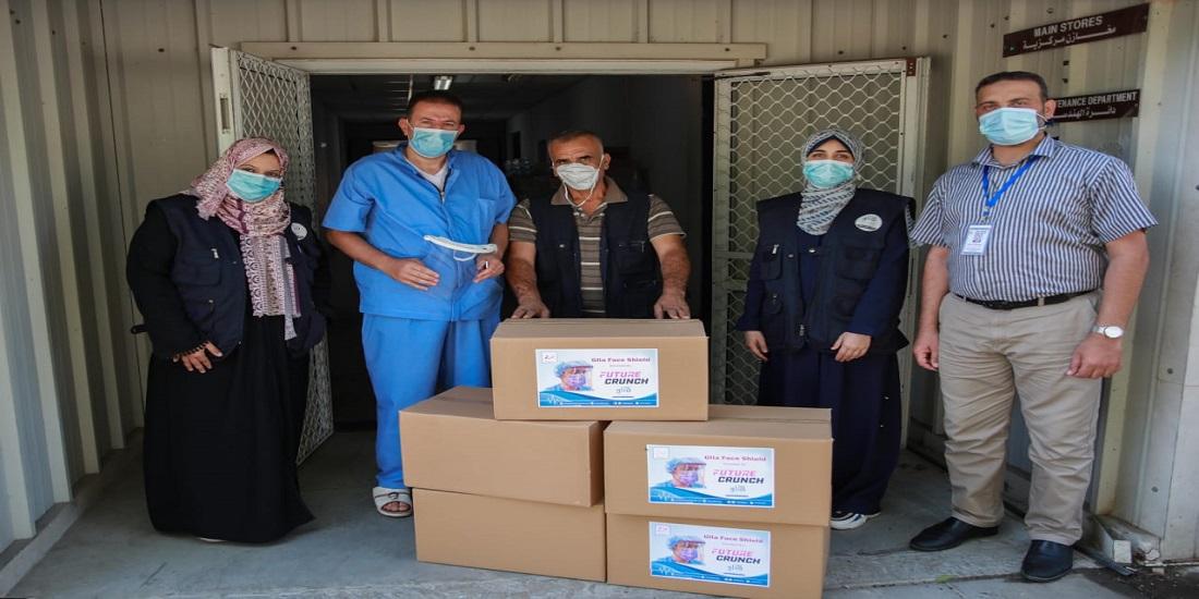"""الصحة تتسلم أقنعة حماية للوجه من مؤسسة """"غليا"""""""