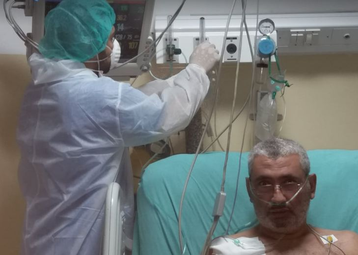 In Gaza, pharmacist Muhammad tried to heal himself from Covid-19, and he ended up in the intensive care unit