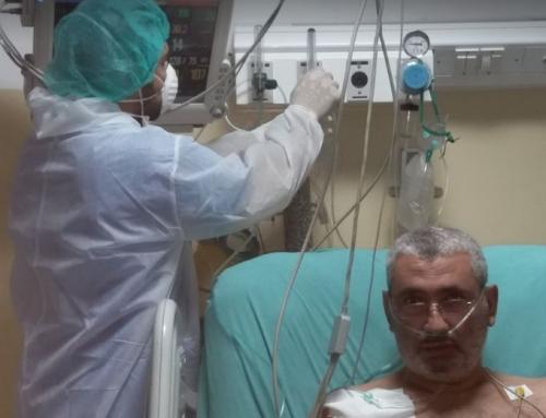 في غزة.. الصيدلي محمد حاول مداواة نفسه من كورونا فانتهى به الحال على أسرة العناية المكثفة