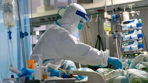 الصحة تشرع فى تحضير بروتوكول لعلاج مصابي كورونا عن طريق بلازما دم المتعافين