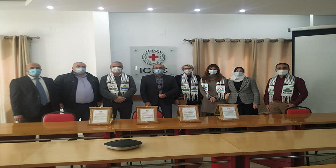 MOH- Gaza appreciates the International Committee of the Red Cross role in promoting health services