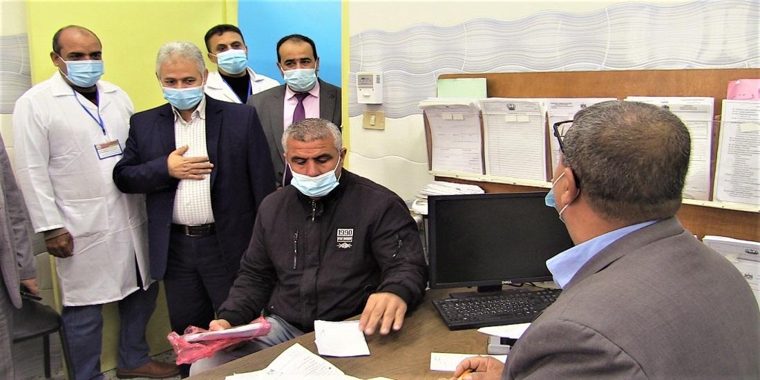 ضمن خطة تطوير عمل العيادات الخارجية.. الوكيل المساعد يتفقد سير العمل في العيادات الخارجية بمستشفيات وزارة الصحة