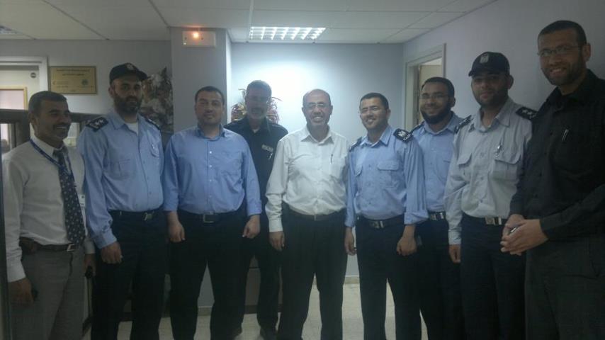 مستشفى غزة الأوروبي يستقبل وفد من شرطة الحراسات بمحافظة خان يونس
