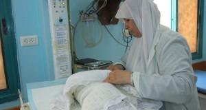 في مستشفيات الولادة .. حكيمات لا يشربن الماء