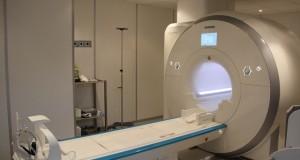 الأول من نوعه في فلسطين..مستشفى الشفاء يشرع بتركيب جهاز رنين مغناطيسي يشخص الجلطات قبل حدوثها