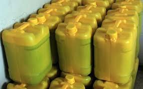 ضبط واتلاف كمية من زيت الزيتون المغشوش في محافظة خانيونس