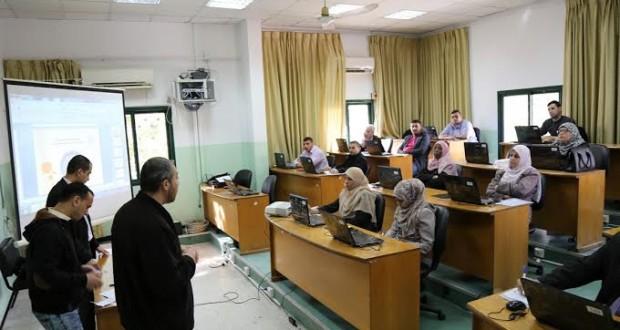 الصحة تفتتح دورة تدريبية في الرخصة الدولية لقيادة الحاسوب بالتعاون مع جامعة الأزهر