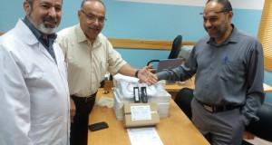 مستشفى العيون يتلقى تبرعات بمستهلكات جراحية خاصة بالشبكية