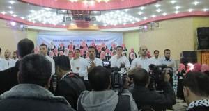 إدارة مستشفى النجار تشارك بحفل تخريج طلاب وطالبات من معهد لغة الإشارة